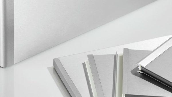 Aluminium plinten